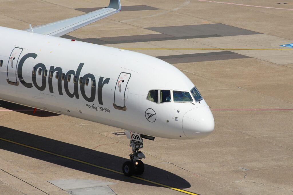 Condor: Bei Flugverspätung und Flugausfall Entschädigung bis 600 €
