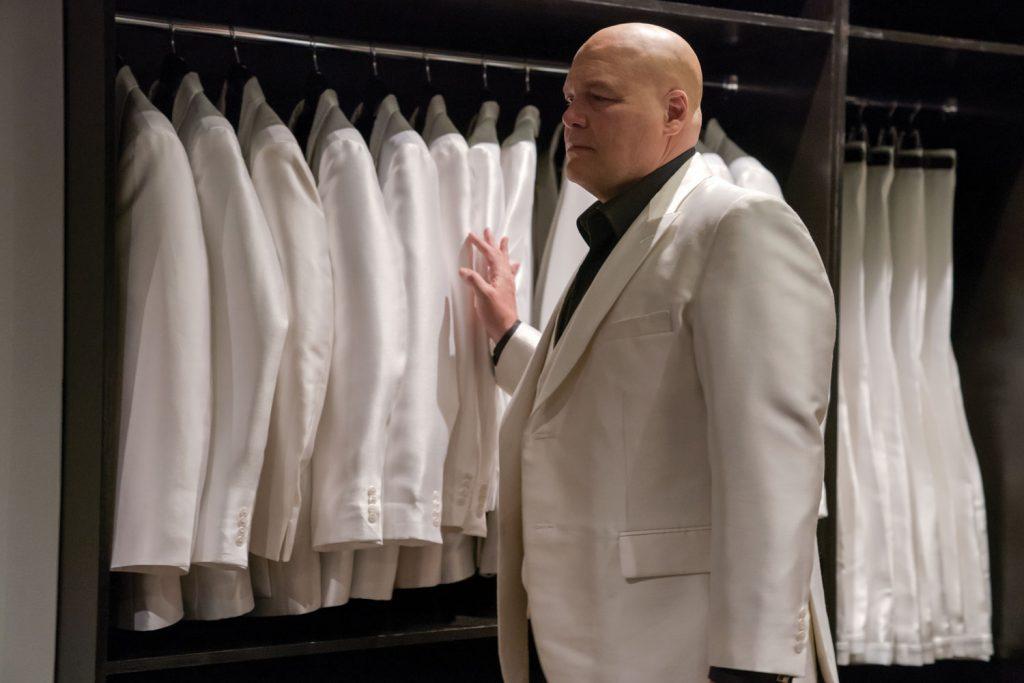 daredevil 3 kingpin vestito bianco