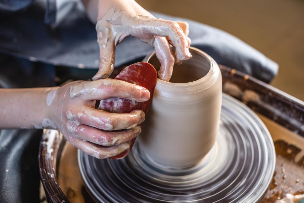 Best Soft Rib Tools for Ceramics – ARTnews.com