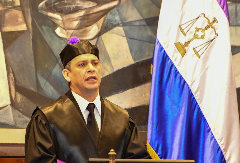 Luis Henry Molina 3
