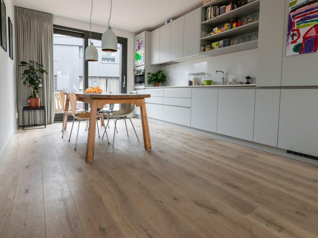 Goed geprijsde houten vloer