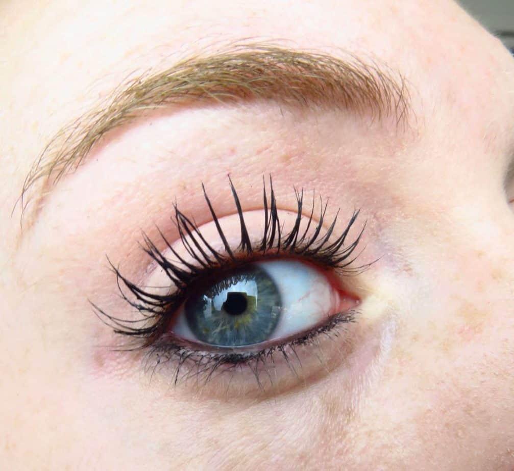Chanel oogpotlood waterrand met mascara