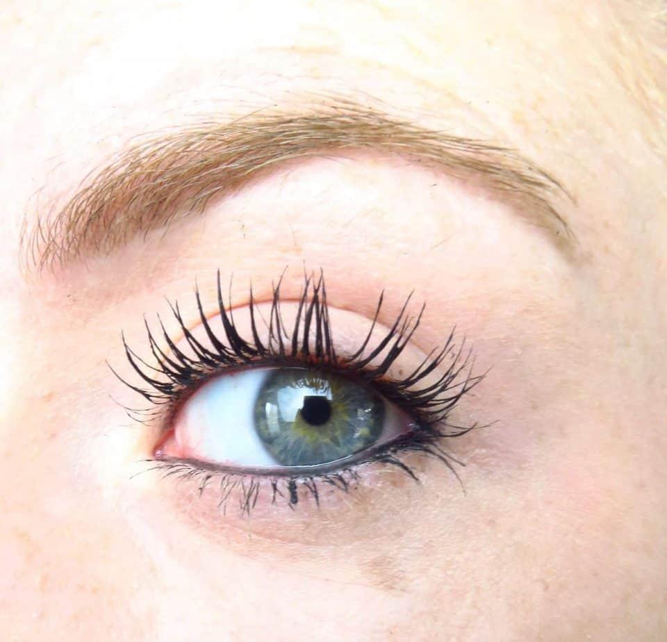 Essence oogpotlood waterrand met mascara