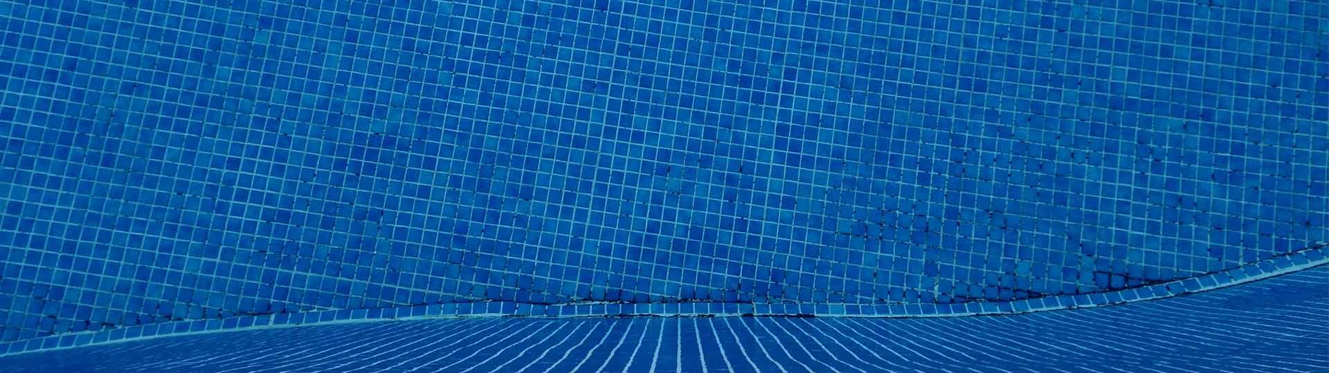 Cómo evitar que se congele el agua de tu piscina