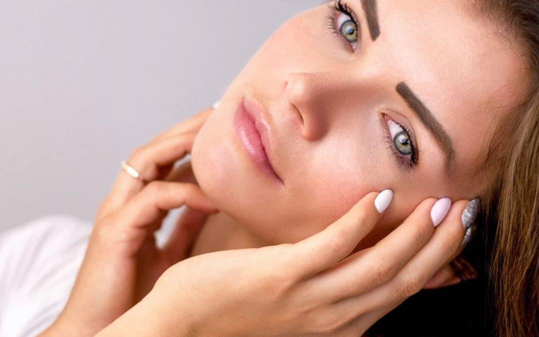 oczyszczanie twarzy w gabinecie kosmetologicznym