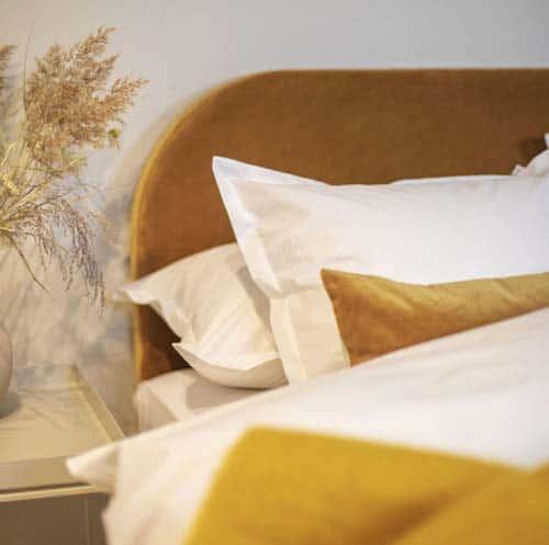 5 detaljer som skapar hotellkänsla i sovrummet