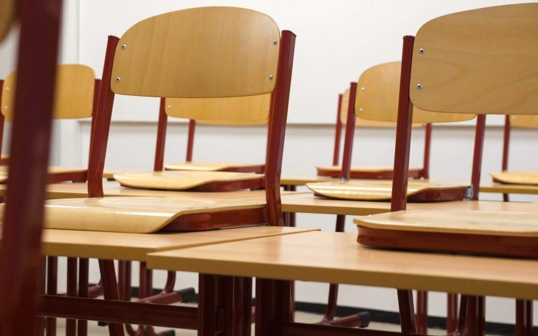 El mobiliario escolar, de gran importancia desde 1917