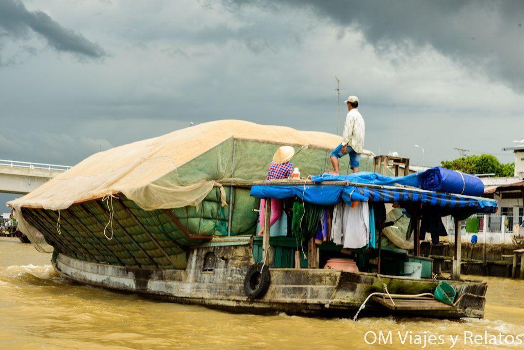 LAS-CASAS-FLOTANTES-DEL-MEKONG-VIETNAM