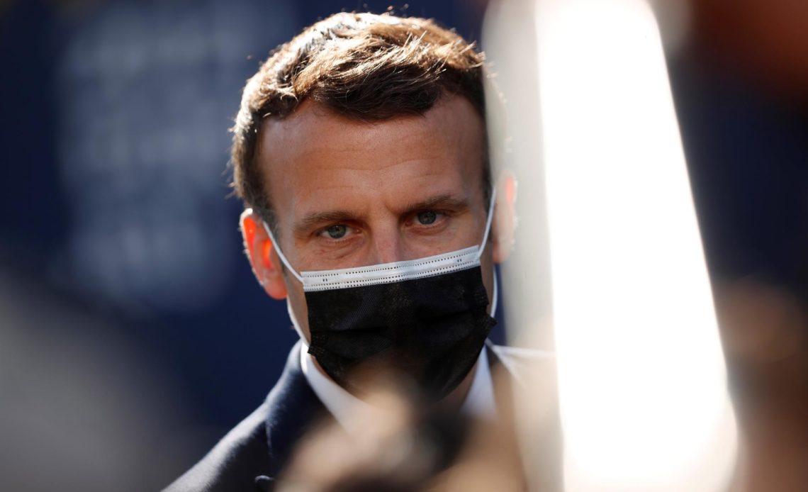 Macron pide a EE.UU. eliminar su prohibición de exportar vacunas y componentes