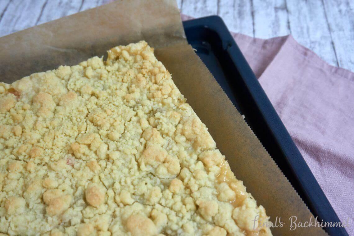 Hefeteigwoche - Rhabarber-Streuselkuchen