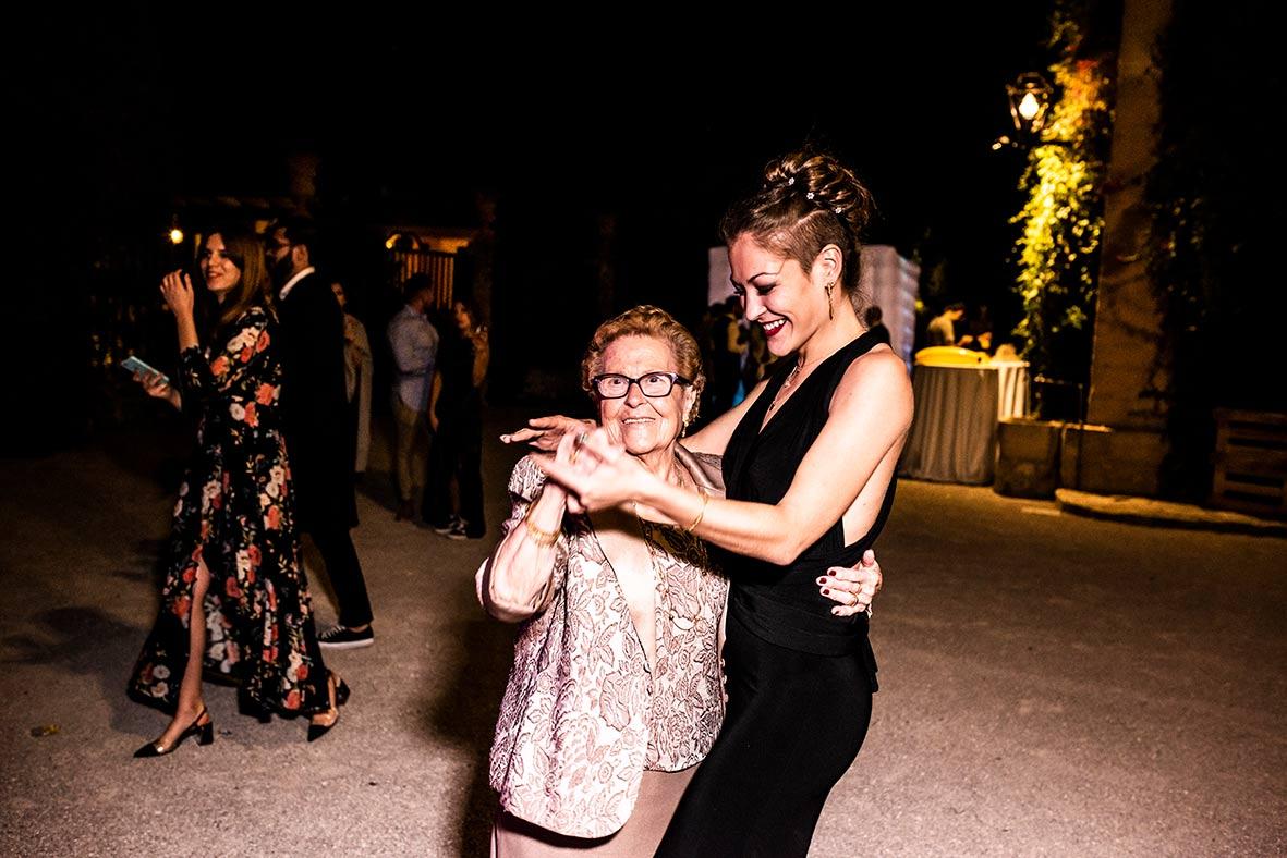 fotógrafos de boda LGBT en Mallorca elegantes
