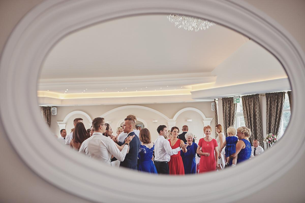 Skrót z reportażu ślubnego w Dworku Broniszówka 85