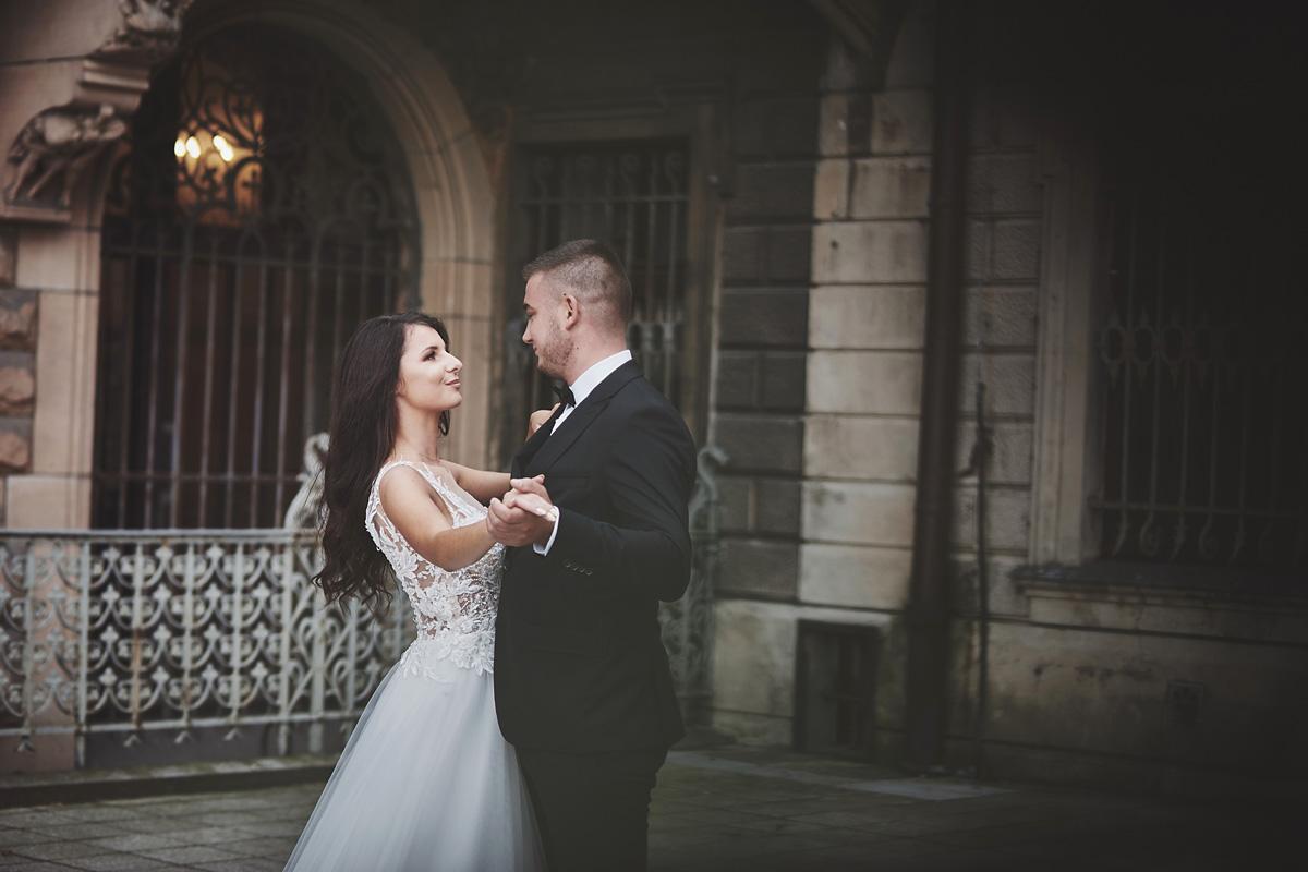 Plener ślubny na zamku w Mosznej 45