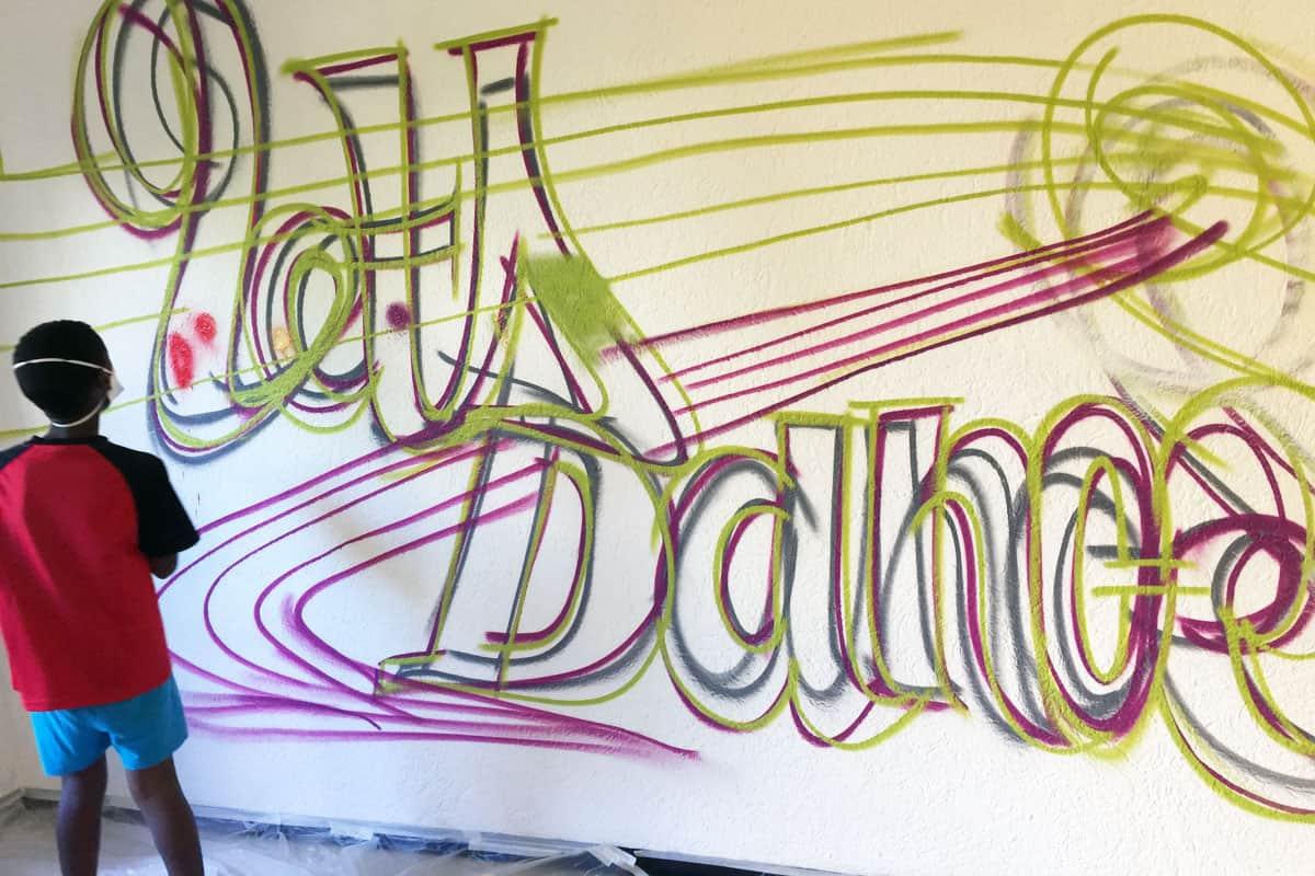 Graffiti Stuttgart gestaltete zusammen mit den Kindern und Jugendlichen des Treffpunkt Rötenberg in Aaalen