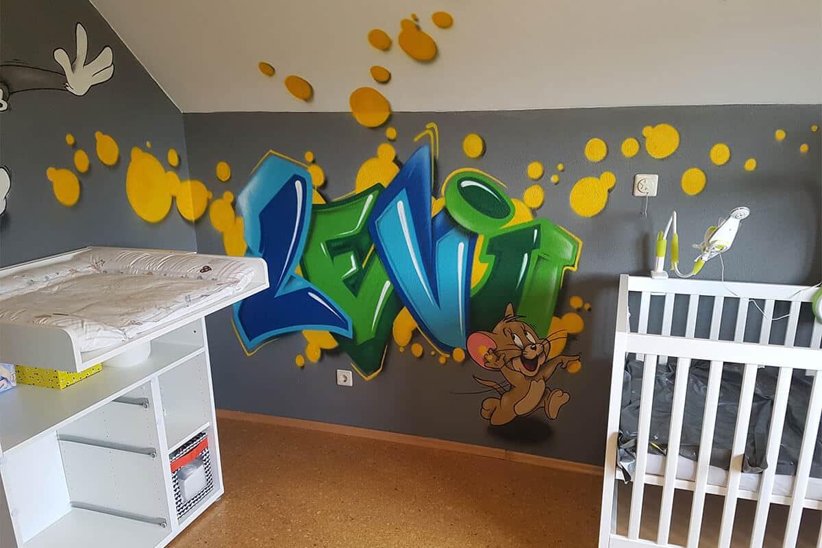 Graffiti Stuttgart wurden beauftragt Levi sein Kinderzimmer in Aalen mit einem bunten Graffiti zu verschönern!