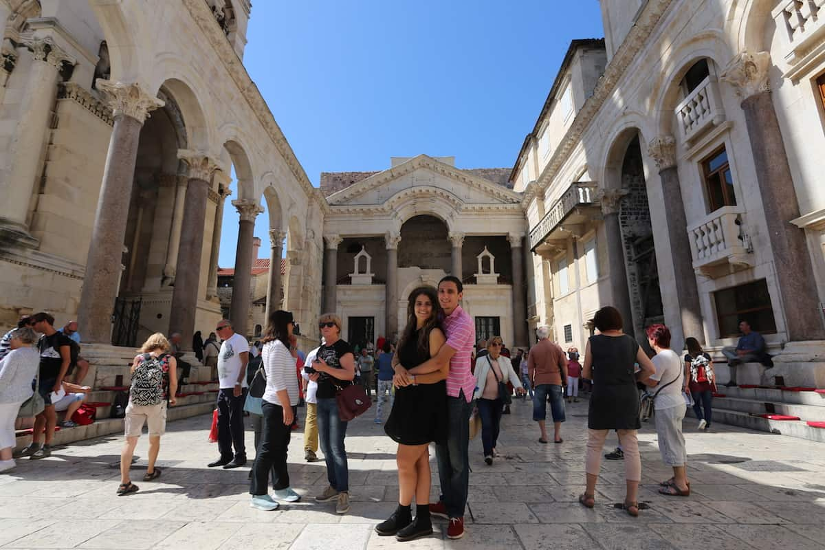 Walk around the Diocletian's Palace and the Peristyle