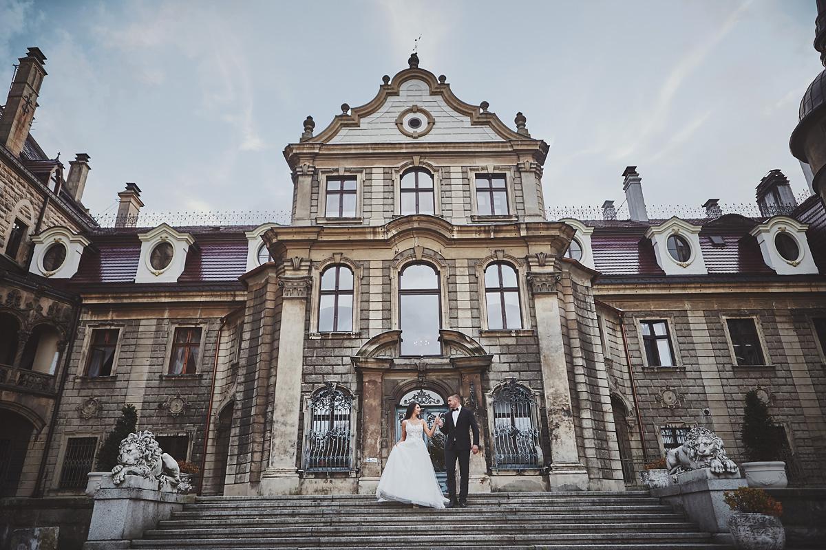 Plener ślubny na zamku w Mosznej 46
