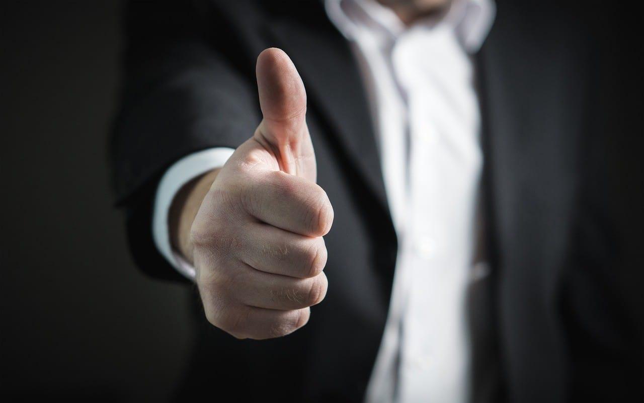 Thumb Up for AxiTrader