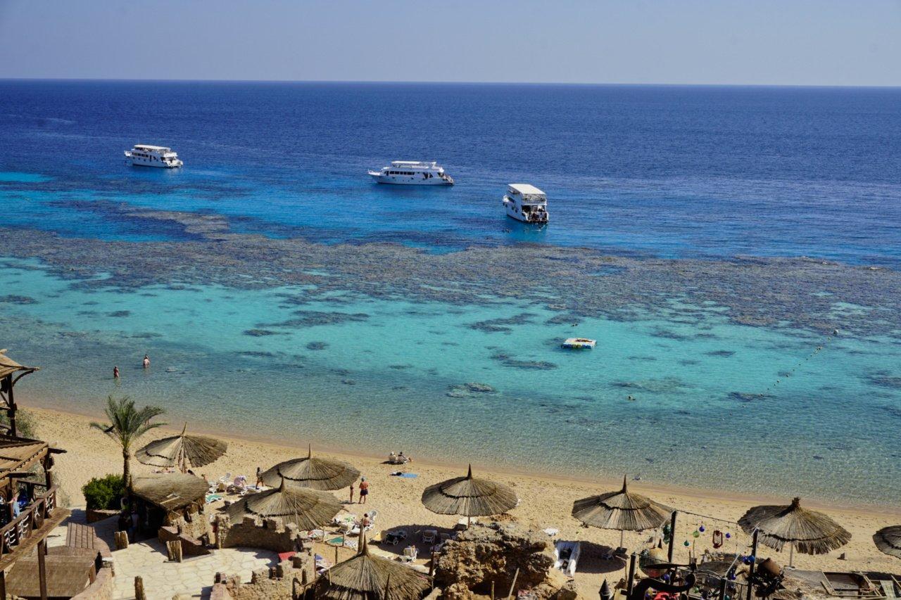 Gold beach, Sharm el-Sheikh, Egypt - Experiencing the Globe