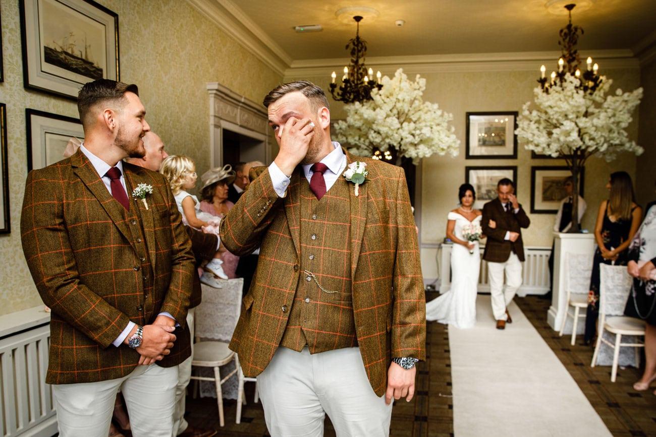 emotional groom at inglewood manor