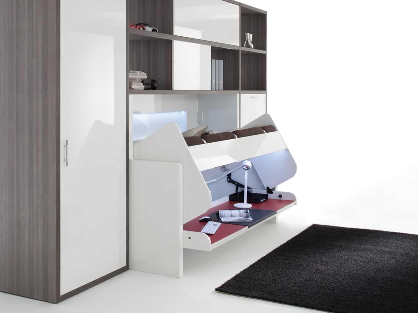 Phụ kiện Tavoletto của Häfele cho phép người dùng chuyển đổi giường thành bàn làm việc khi cần.