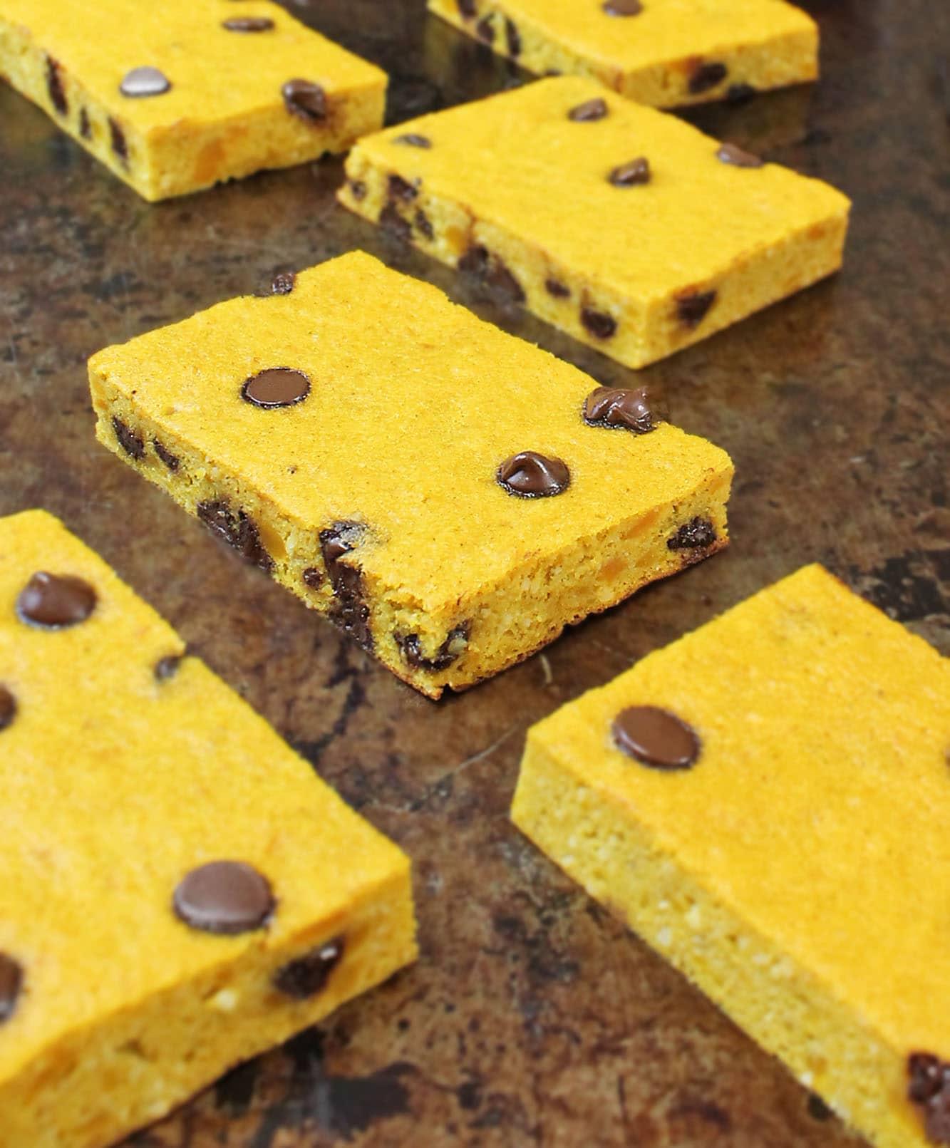 Flourless Kabocha and chocolate chip bars
