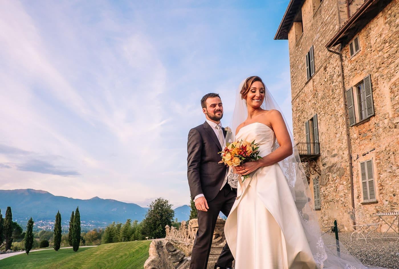 coppia di sposi scale matrimonio castello durini