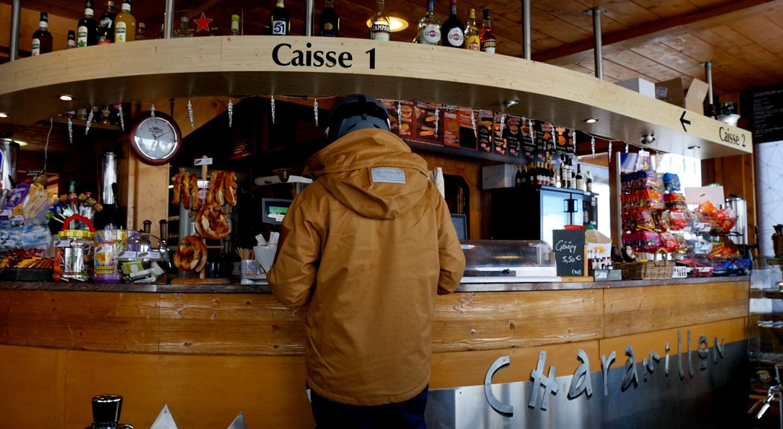 caisse et bar de Charamillon