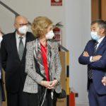 La Reina Doña Sofía visita el Banco de Alimentos de Albacete para conocer su funcionamiento