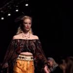На  mercedes-benz fashion week прошли показы иностранных дизайнеров На  Mercedes-Benz Fashion Week прошли показы иностранных дизайнеров photoeditorsdk export 5 150x150