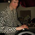 Ein Grinsen vom DJ