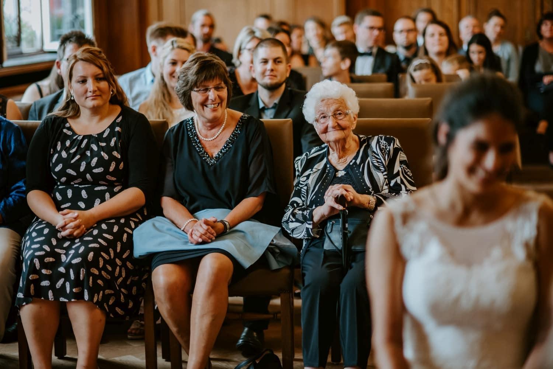006 Hochzeit Alteburg Köln Hochzeitsshooting Köln Hochzeit Alteburg Hochzeitsfotograf Köln Außergewöhnliche Hochzeitsfotos Vera Prinz Köln
