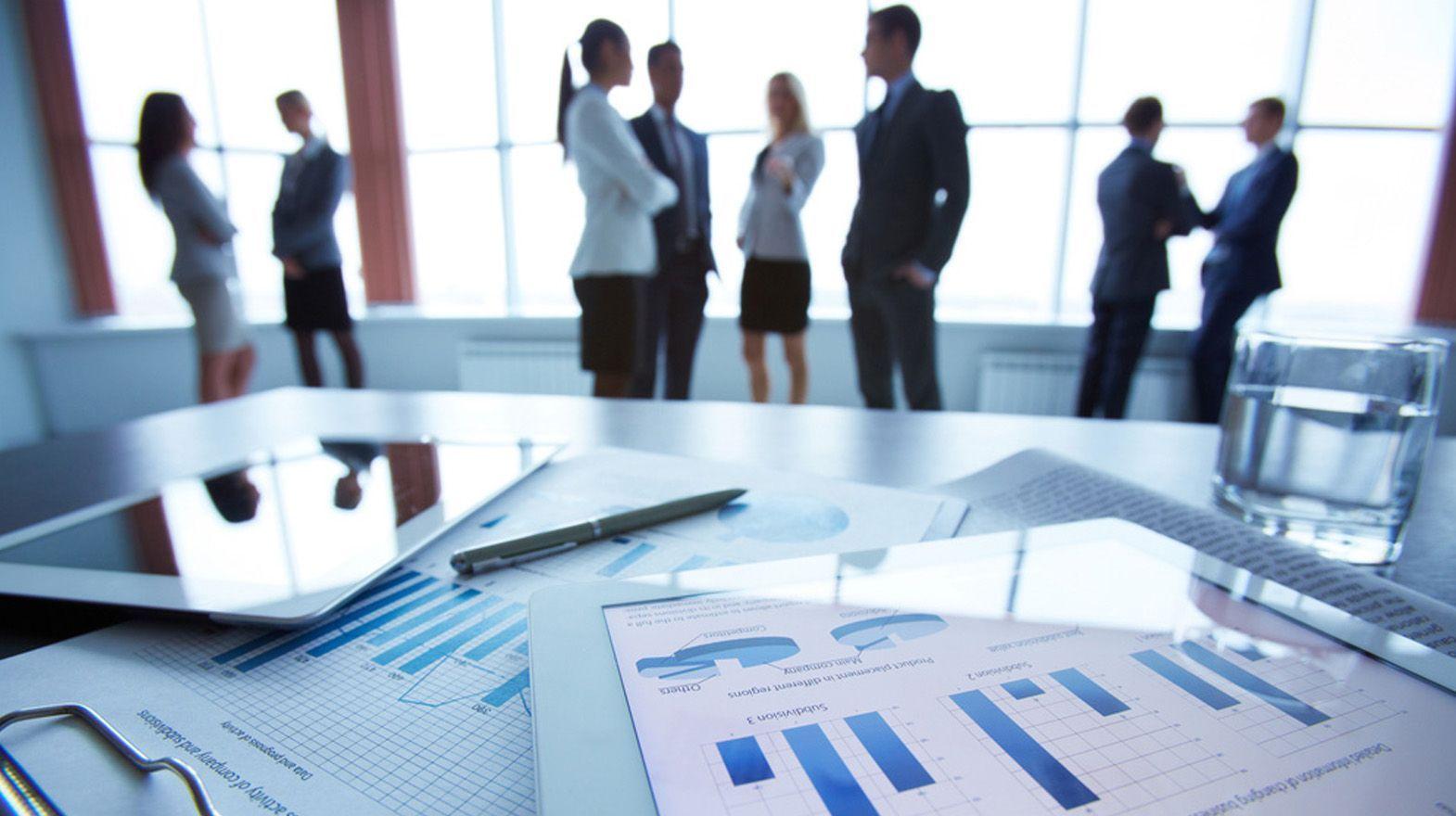 PYMES y emprendedores, víctimas de la falta de Gobierno