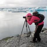 Vanessa en Islande vers un glacier