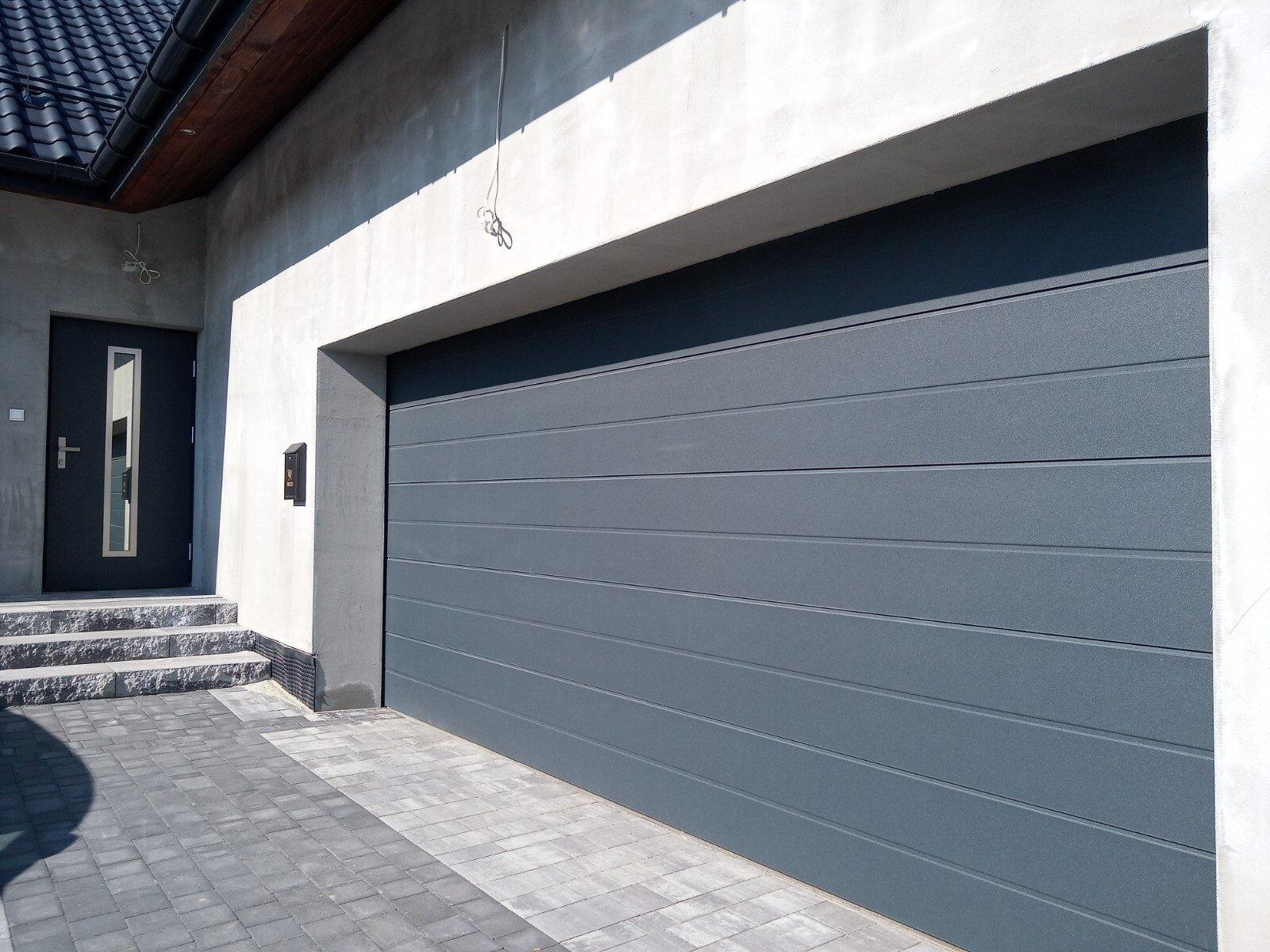 Brama Novoferm ISO 45 5 m satin dark grey