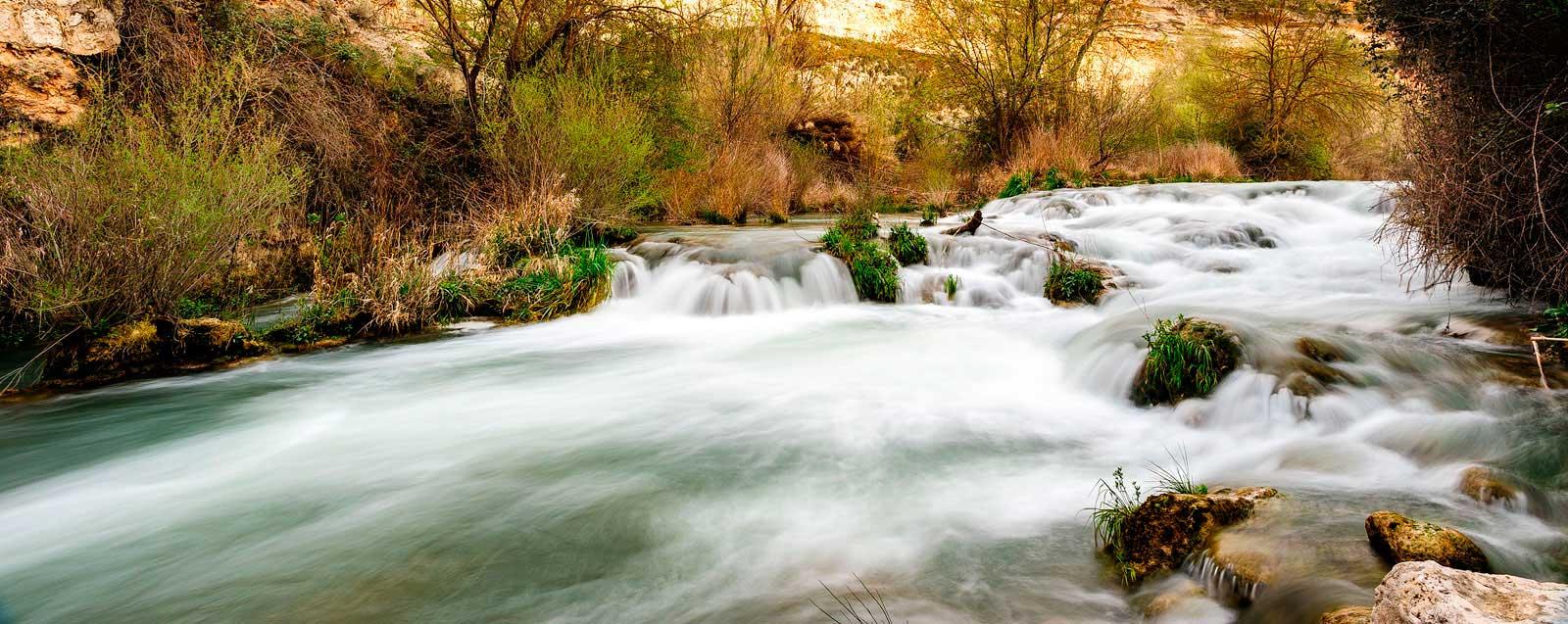Salto de agua del Río Júcar