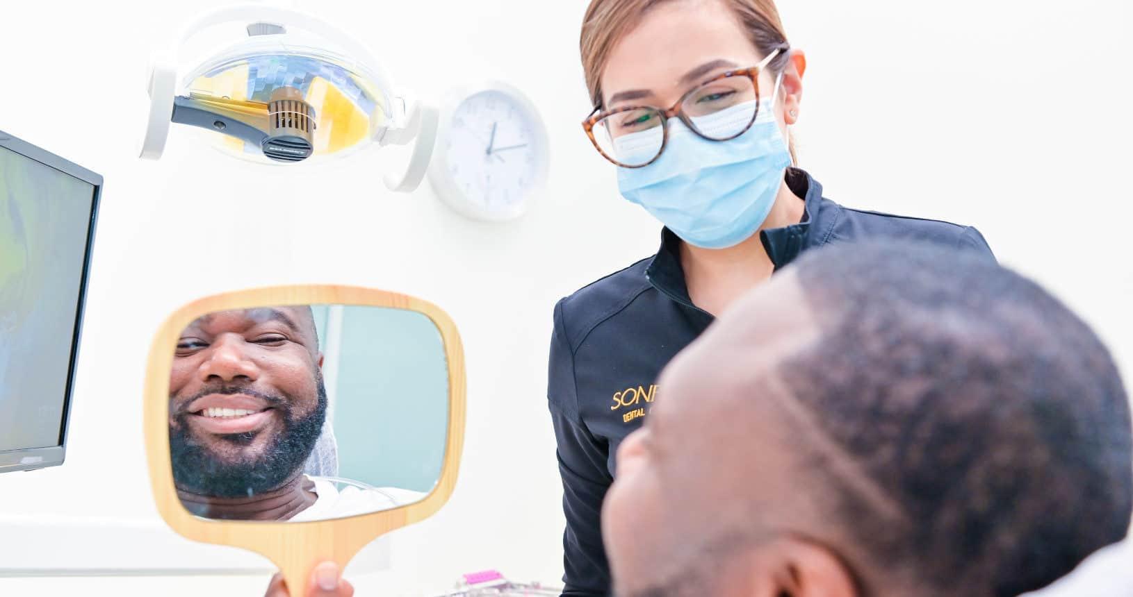 02-Esther-female-dentist-sonria-dental