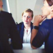 sollicitatiegesprek-aandacht-zorg-drie-vrouwen