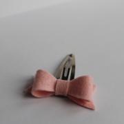 Haarspeldje roze vilten strik