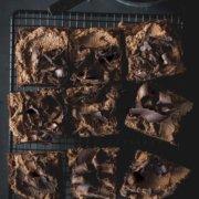 Einfaches Rezept für Schokomousse Kuchen