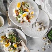 Eiersalat mit Speck und Kresse
