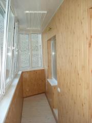 Обшить стены панелями ПВХ