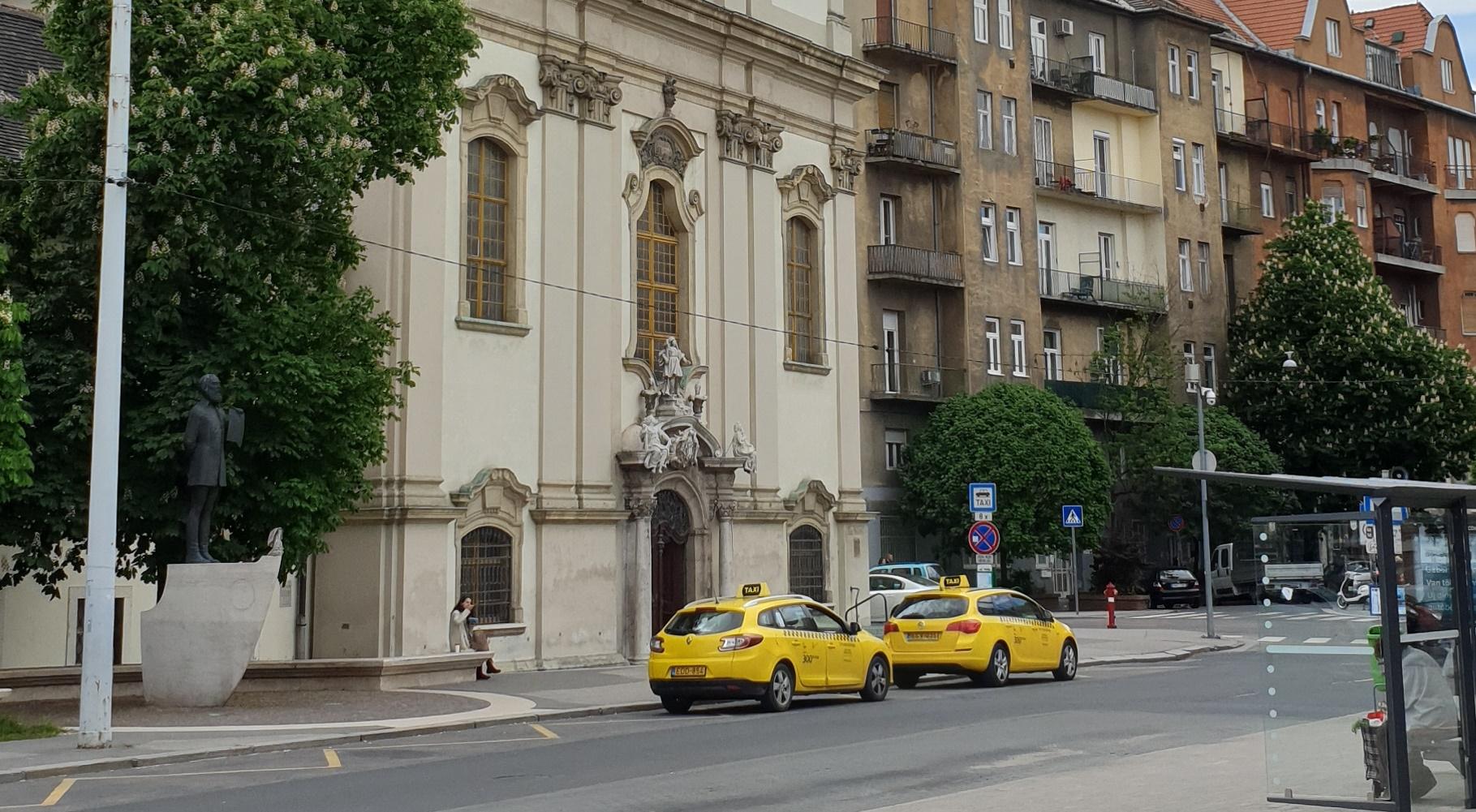 Żółte taksówki w Budapeszcie