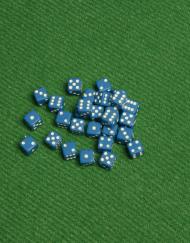 6 Vlakken Dobbelsteen Blauw met Witte Stippen 5mm