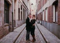 La scène de votre épouse embrassant son amant dans le Vieux-Lille - De magnifiques souvenirs en perspective