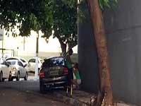 Flagrante Novinha ficou chupando a rola o meio da Vila Olímpica -Maringá