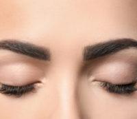 Augenbrauen Schattierung nachher