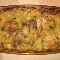 Kura zapekané so zemiakmi a šampiňónmi