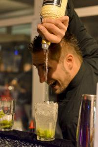 Cocktails mit Genuß & Show
