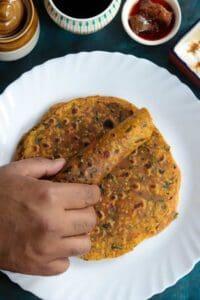 Methi Thepla Recipe | Fenugreek Leaves Flatbread